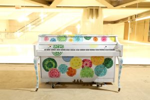 """Sing for Hope piano """"Circles of Hope"""" By Tracy Crane"""
